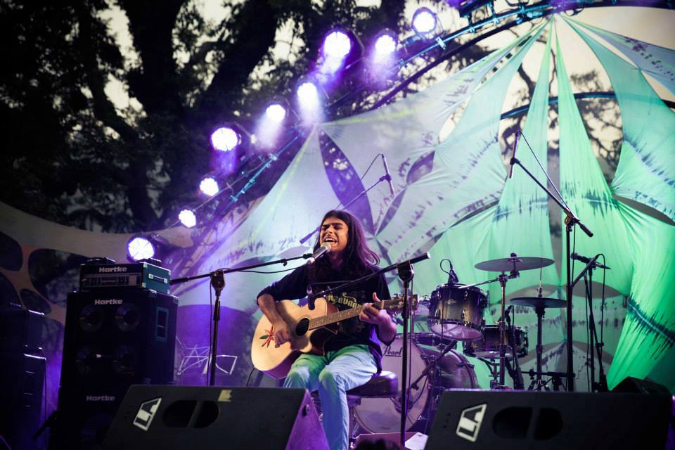 18_Escape-Festival_Uttrakhand_2013_Rock-Stage